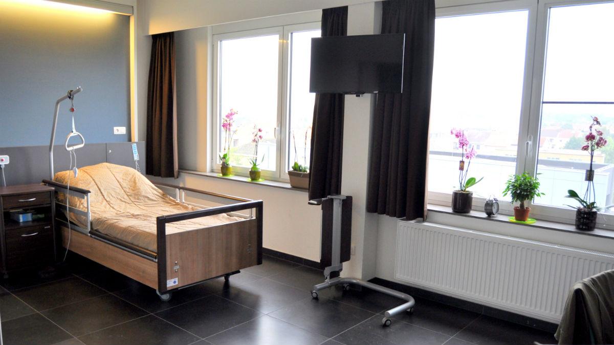 Gerenoveerde kamer WZC Van Zuylen
