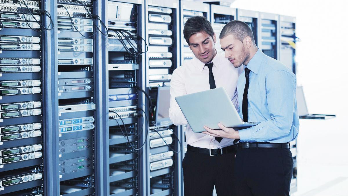 Uitbouw eigen datacenter