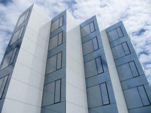 woonzorgcentrum Hollebeek langs de zijkant cc Willem van Besien
